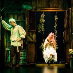 İzledim: Bir Baba Hamlet