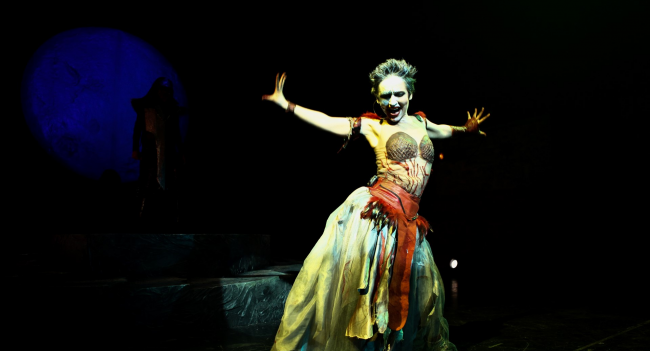 medea-kali-tiyatro-oyunu-4