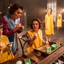 İzledim: Radyum Kızları