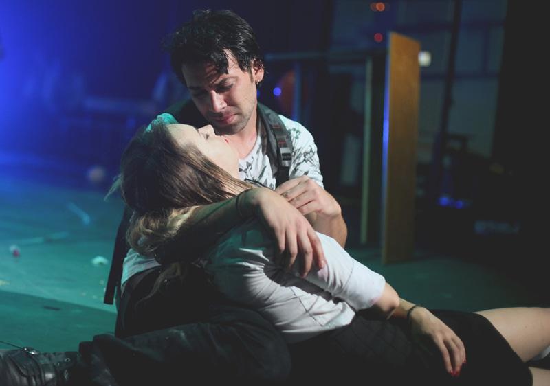 romeo_ve_juliet_tiyatro_oyunu_3